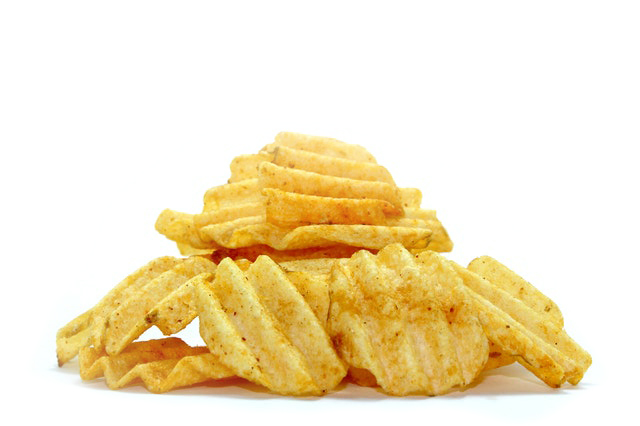 The common culprits behind bloating are fried foods, greasy foods, chips, and vegetable oils.